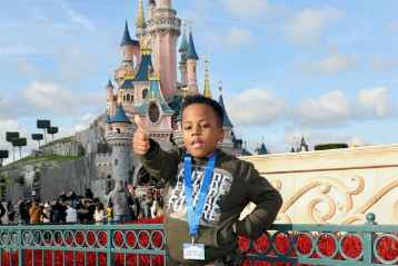 I wish to go to Disneyland Paris