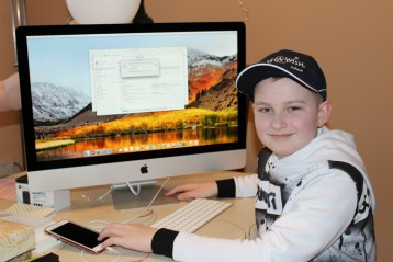 I wish to have an Apple iMac Computer